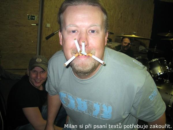 www.hackingocko.estranky.cz - Kabát - Milan Špalek d7c35a47e8a